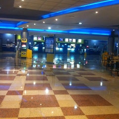 Photo taken at Cinépolis by Hellen C. on 3/1/2013
