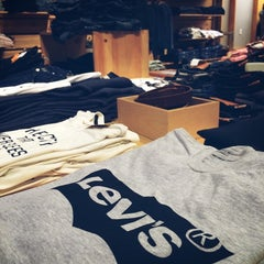 Photo taken at Levi's Store by Mo7ammad A. on 7/5/2014