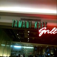 Photo taken at Tamani Kafe Grill by Edwin G. on 11/16/2012