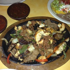 Photo taken at Del Rio Mexican Grill by Jonathan R. on 7/20/2013