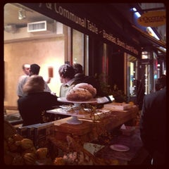 Photo taken at Le Pain Quotidien by Cecilia H. on 10/12/2012