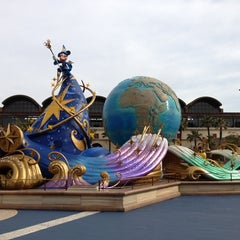 Photo taken at 東京ディズニーシー (Tokyo DisneySea) by Nao H. on 3/1/2013
