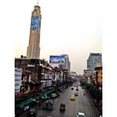 Photo taken at พันธุ์ทิพย์ พลาซ่า บางกะปิ (Pantip Plaza Bangkapi) by Hussain A. on 3/21/2015