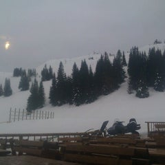 Photo taken at Puzzle Caffe @Jahorina by Ana S. on 3/7/2013