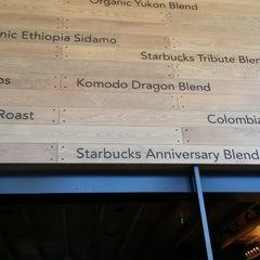 Photo taken at Starbucks by Jb S. on 9/29/2013