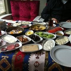 Photo taken at Yalı Cafe & Restaurant by Zeynep on 4/21/2013