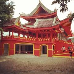 Photo taken at Sam Poo Kong Temple (Zheng He Temple) by vashti n. on 6/5/2013