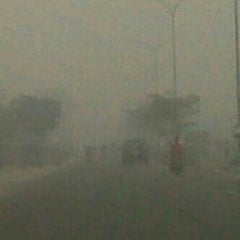 Photo taken at Jalan Jenderal Sudirman by !!!* Lenovie !!! on 3/13/2014