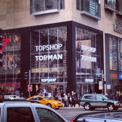 Photo taken at Topshop by Darwin D. on 12/2/2012
