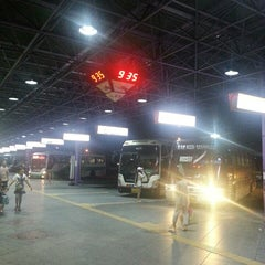 Photo taken at 인천종합터미널 (Incheon Bus Terminal) by Monoceros K. on 8/11/2013