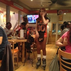 Photo taken at Hooters by Leito M. on 2/4/2013