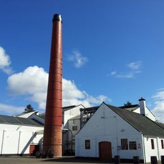 Photo taken at Benromach Distillery and Malt Whisky Centre by Hubert M. on 4/25/2013