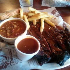 Photo taken at Dreamland BBQ by Tom L. on 6/1/2013