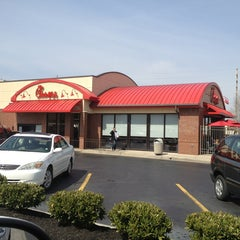 Photo taken at Chick-fil-A by Tyrrell S. on 3/15/2013