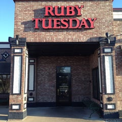 Photo taken at Ruby Tuesday by Brian F. on 3/21/2013