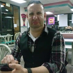 Photo taken at Taco Bell by Dave B. on 10/9/2013