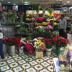 Photo taken at Spinneys by Ahmad A. on 3/21/2016