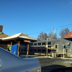 Photo taken at Metro North / NJT - Suffern Station (MBPJ) by Barry S. on 11/28/2014