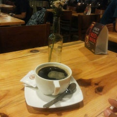 Photo taken at Brew & Co by erwin s. on 2/1/2015