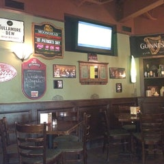 Photo taken at The Old Triangle Irish Alehouse by Charlie K. on 7/9/2014