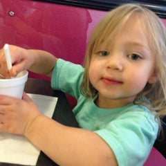 Photo taken at Armadillos Ice Cream Shoppe by Cassandra C. on 7/13/2013