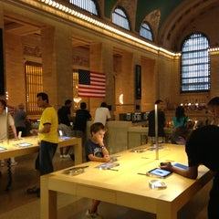 Photo taken at Apple Store, Grand Central by Brian C. on 7/23/2013
