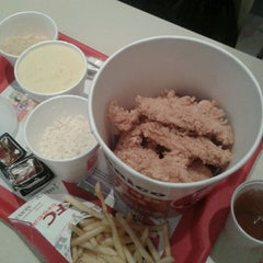 Photo taken at KFC by Luiz Felipe C. on 7/17/2013