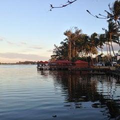 Photo taken at Restaurante Puerto Ceiba by Valentin Alejandro P. on 3/30/2013