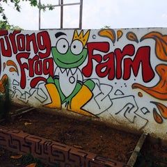 Photo taken at Jurong Frog Farm by Sky F. on 3/29/2014