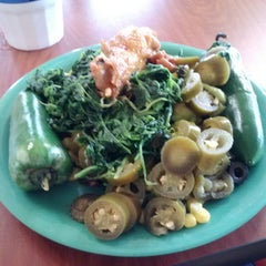 Photo taken at Golden Corral by Johnny B. on 10/16/2013