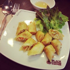 Photo taken at Black Canyon (แบล็คแคนยอน) by Wanwisa B. on 9/30/2014