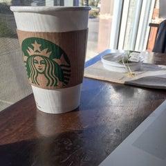 Photo taken at Starbucks by Soundz O. on 10/26/2014