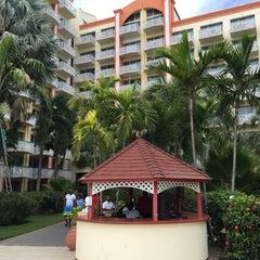 Photo taken at Sonesta Maho Beach Resort & Casino by Mikhail . on 4/14/2015