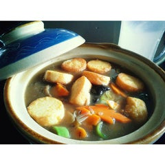 Photo taken at Tasty Resto & Cafe Tahu by Lona S. on 3/10/2015