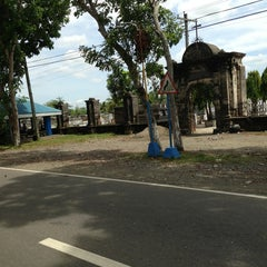 Photo taken at Cabatuan Public Cemetery by Diesel78 on 4/9/2013