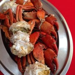 Photo taken at William's Crab Restaurant by Vanessa T. on 2/6/2014