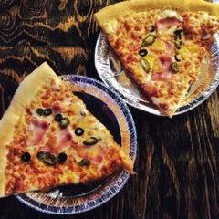 Photo taken at Monster Pizza (몬스터피자) by Yen B. on 7/18/2015