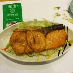 Photo taken at Sushi Sei by Linda S. on 9/26/2014