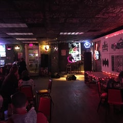 Photo taken at Third Street Dive by Jonathan S. on 12/5/2015