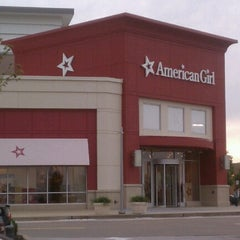 Photo taken at American Girl Doll Store by Steve Z. on 9/14/2012