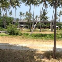 Photo taken at Samui Orchid Resort by Ashara C. on 4/8/2013