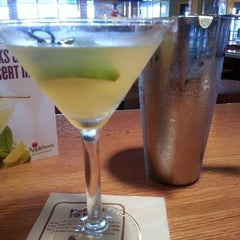 Photo taken at Applebee's by Laura M. on 8/31/2013