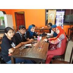 Photo taken at Selera Kampung Medan Jaya by Fuh D. on 12/15/2013
