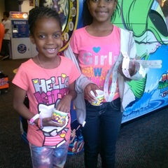 Photo taken at Chuck E. Cheese's by Jerome E. on 1/5/2014
