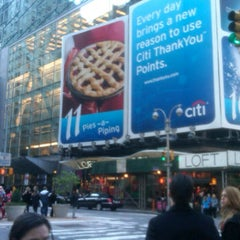 Photo taken at 3 Times Square Cafeteria by Leo F. on 11/1/2011