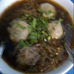 Photo taken at Bakso Green Garden by Liliana T. on 12/6/2011