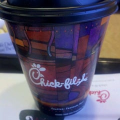 Photo taken at Chick-fil-A by shawn l. on 11/17/2011