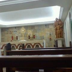 Photo taken at Capela Sagrada Família (Canção Nova) by Marcio P. on 8/11/2012