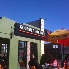 Photo taken at Billy's Gourmet Hot Dogs by Ernesto G. on 2/19/2011