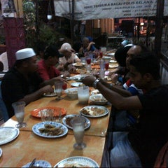 Photo taken at Melawati Food Square by Zai N. on 8/17/2012